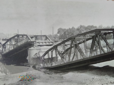 zniszczony most 1939