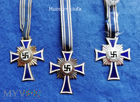 Ehrenkreuz der Deutschen Mutter ( Mutterkreuz )