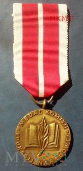 Duże zdjęcie Medal Komisji Edukacji Narodowej PRL