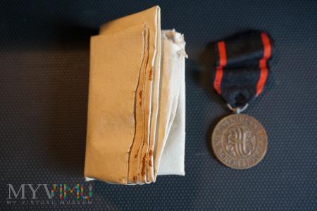 Odnalezione Nadanie Medalu Niepodległości i medal