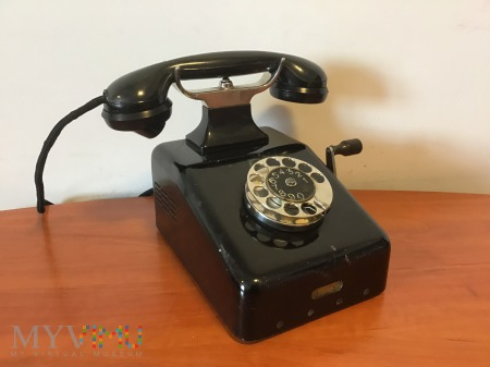 Duże zdjęcie Polski przedwojenny biurkowy aparat telefoniczny