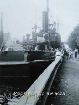 Trałowiec M129 w porcie Stolpmünde/Ustka