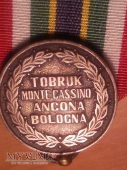 Medal Pamiątkowy 3 dywizji strzelców Karpackich