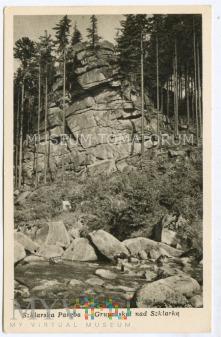 Karkonosze - grupa skał nad Szklarką - lata 50-te