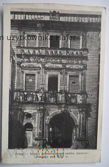 BRZEG - brama renesansowego zamku piastowskiego