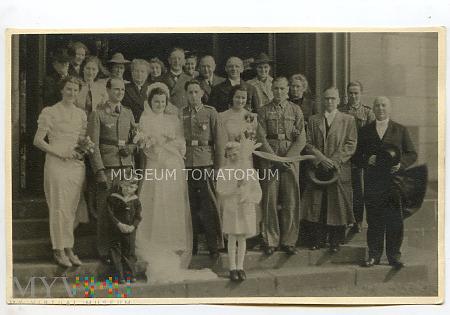 Grupowe zdjęcie ślubne - lata 30-te