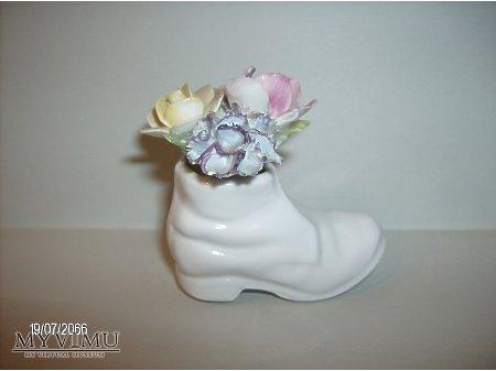 Duże zdjęcie bucik z kwiatami