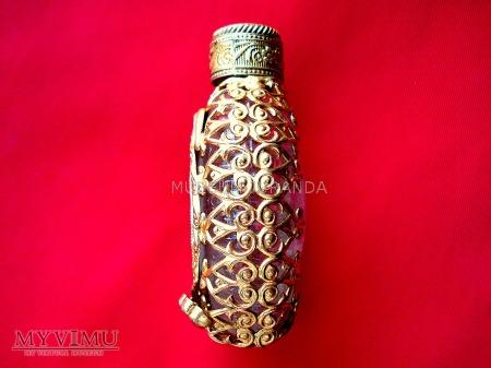 Flakonik na perfumy (2)
