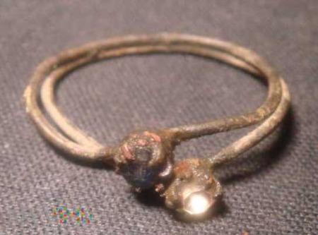 pierścionek plecionka