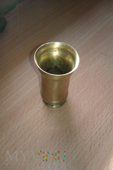 Kieliszek z łuski naboju Flak 38