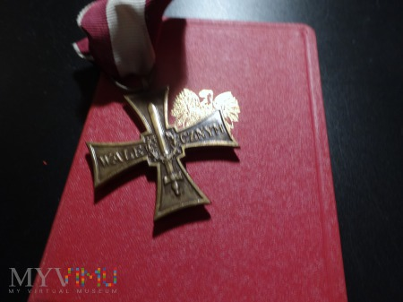 Legitymacja i Krzyż Walecznych