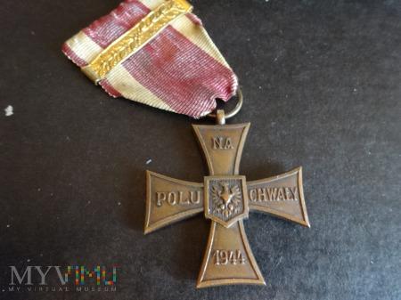 Duże zdjęcie Krzyż Walecznych -1944 z wtórnym nadaniem: L3.