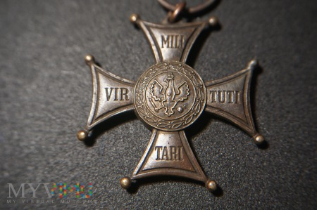 Virtuti Militari - brak emalii - II RP