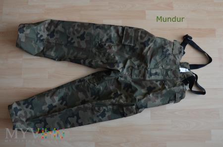 Spodnie ubrania na złą pogodę SG