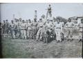 Grupa żołnierzy polskich przy pracach na terenie k