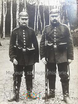 Żołnierze w pickelhaube