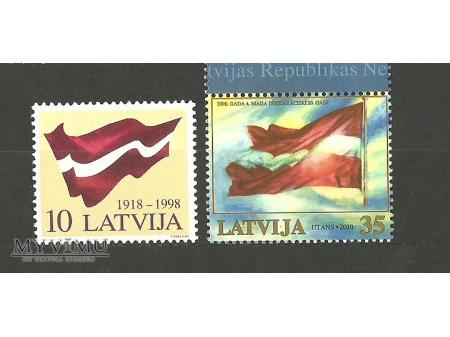 Łotewska flaga.