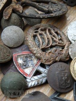 Odznaki , Wpinki , Adlery ...