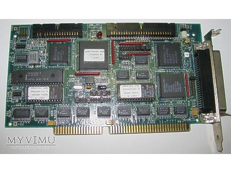Duże zdjęcie Sterownik dysków SCSI firmy ADAPTEC