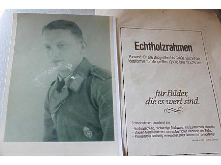 Zdjecie mlodego zolnierza Luftwaffe