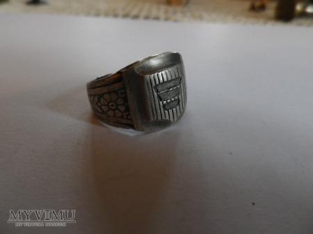 Duże zdjęcie herb Korczak- sygnet srebro