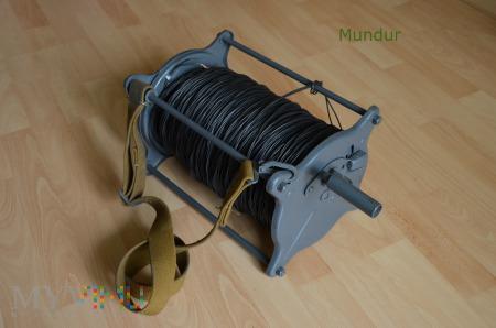 Radziecki noszak z bębnem na kabel TK2