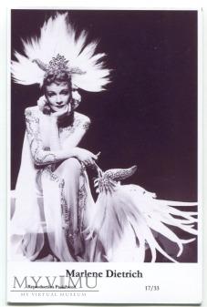 Marlene Dietrich Swiftsure Postcards 17/33