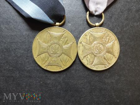 Duże zdjęcie Medal Zasłużonym Na Polu Chwały - Lenino 1943
