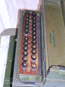 Łącznica polowa ŁP-10 oraz telefon polowy TAJ-43