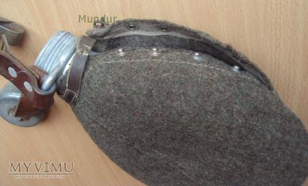 Manierka szwedzka aluminiowa z 1935r.