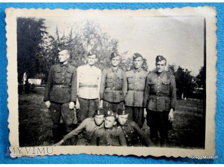 Duże zdjęcie Dziadek z kolegami