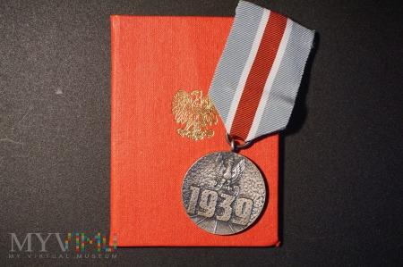 Legitymacja nadanie medalu 1939r.