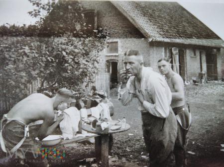 poranne golenie 1939
