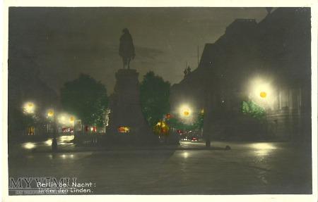 BERLIN bei Nacht: