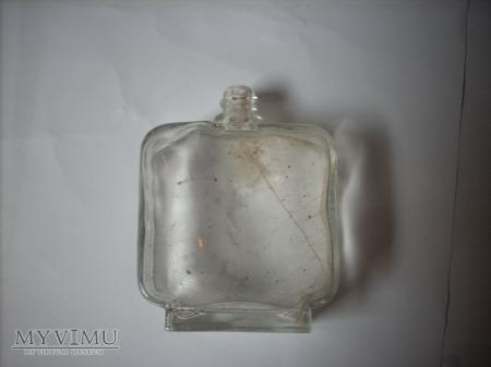 Butelka po perumach