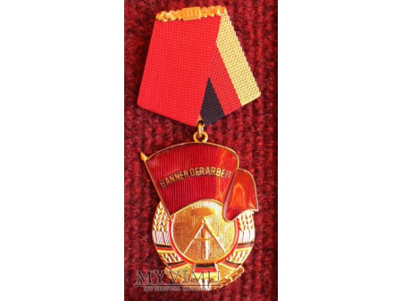 Order Sztandaru Pracy DDR - Banner der Arbeit III