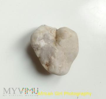 Duże zdjęcie WHITE HEART STONE
