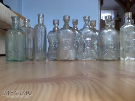 buteleczki szkło białe ;]