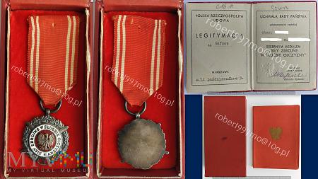 """Srebrny Medal """" Siły Zbrojne W Służbie Ojczyzny X"""""""