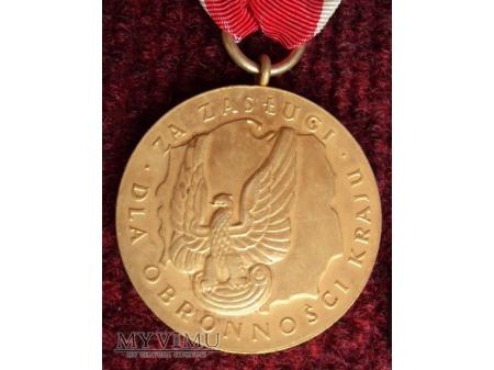 Medal za Zasługi dla Obronności Kraju