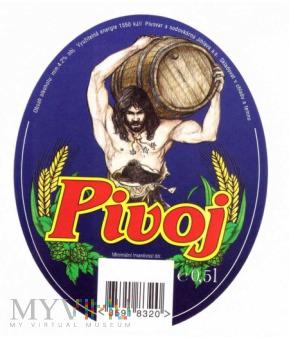 Pivoj
