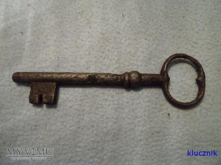 klucz od drzwi 008
