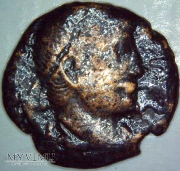 WALENTYNIAN II 375- 392 r.n.e. Centenionalis