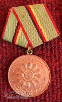 Duże zdjęcie Medal brązowy für Hervorragende Verdienste
