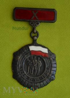 Medal X-lecia PRL