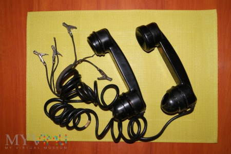 Amerykański telefon bezbateryjny typu TS10