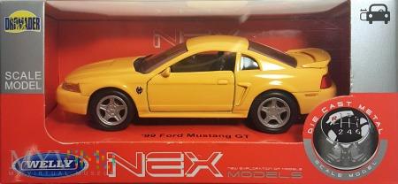 12. Ford Mustang 1:34 box