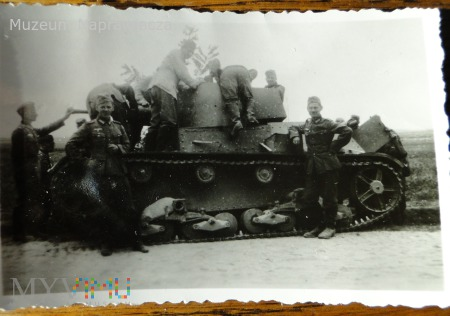Duże zdjęcie Polski czołg lekki 7TP