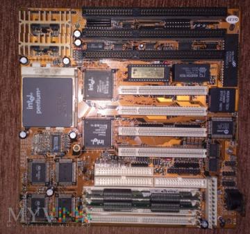 Płyta główna z procesorem INTEL pentium