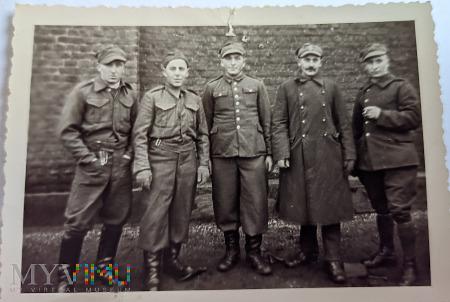 Duże zdjęcie Żołnierze W.P. Stalag VI J Krefeld-Fichtenhain